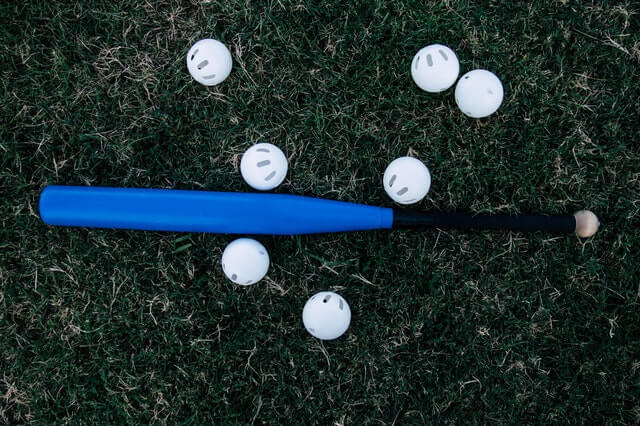 バットとボールが置いてあるところ