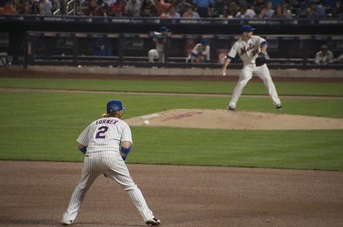 三塁手が構えるところ