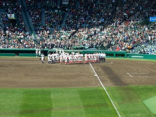 甲子園球場の試合前